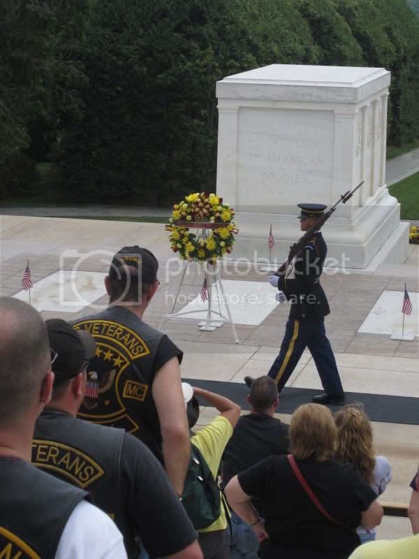 tomb of the unknown soldier washington dc arlington cemetery