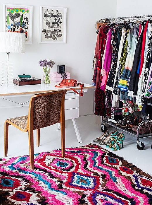 11 Foolproof Tricks for Decorating with Patterned Rugs