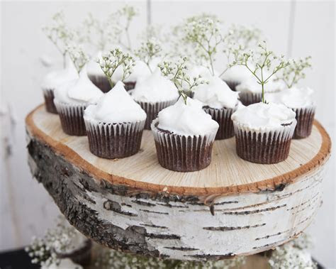 DIY Floating Birch Cake Stand   Rustic Wedding Chic