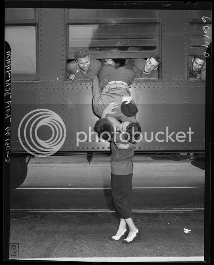 nụ hôn lãng mạn