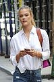 nina agdal wears nothing at all while waiting for pizza 04