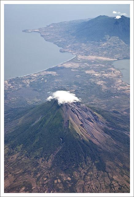 Landing In Liberia CR - Volcano 1