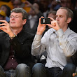 Images: Heins takes his BlackBerry 10 device to an NBA game, teases fans and takes pictures | MobileSyrup.com