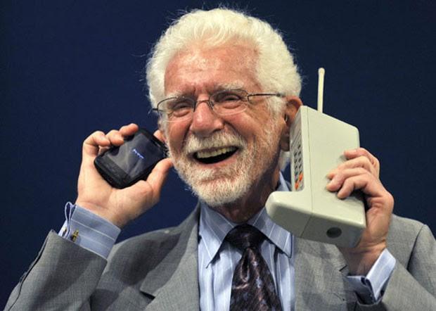 Primeira ligação telefônica feita pelo celular completa 40 anos