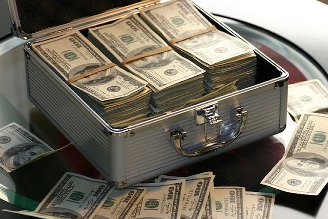 Mau Beli Dollar AS? Cek Kurs Rupiah Hari Ini Di 5 Bank