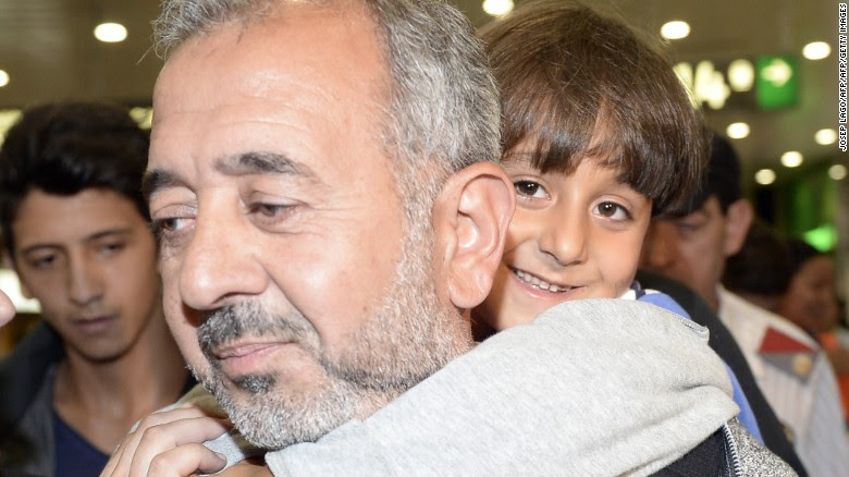Footage emerged online of Mohsen being tripped by a Hungarian camerawoman, whilst carrying his son, which shocked people all over the world. Other clubs across Europe have been helping Syrians during this crisis.