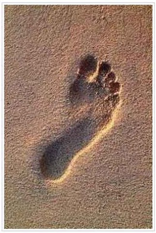 Famous picture of baby footprint from cutebabyphotocontest.info