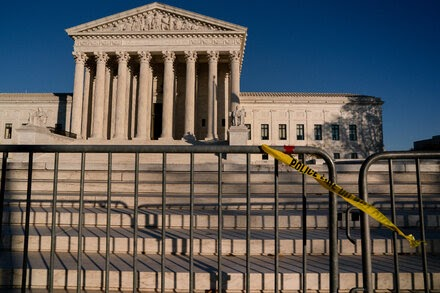 TREND ESSENCE:Supreme Court Skeptical of Trump's Plan to Not Count Unauthorized Immigrants in Redistricting