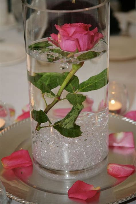 Best 25  Bucket centerpiece ideas on Pinterest   Cupcake