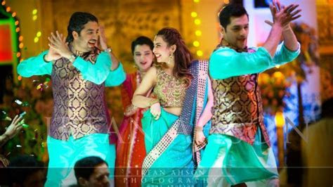 7 Most Demanded Pakistan & Indian Dance Songs For Mehndi