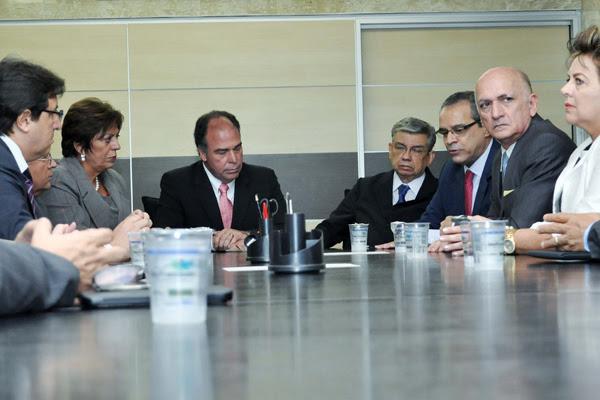 Ministro Fernando Bezerra destaca papel do Dnocs nas obras de combate aos efeitos da seca