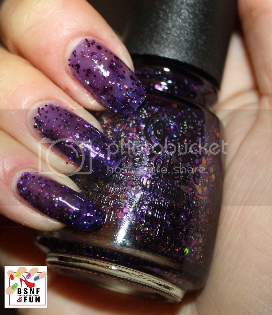 photo China Glaze Cheers-2_zps1gzl1bey.jpg