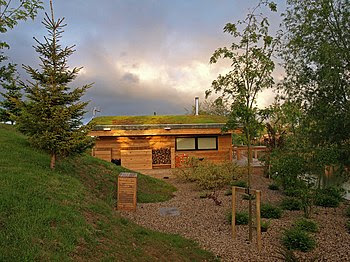 English: Eco-Lodge Situated around Brompton La...