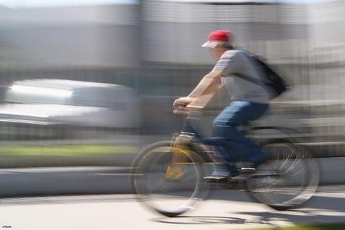 Motion blur, ciclista by Manuel Venegas