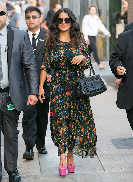 Salma Hayek's studded, Barbie-pink heels might be our new favorite shoe trend of 2017
