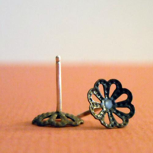 flower_earringsB