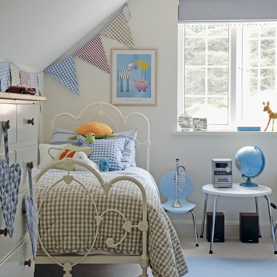 Pink and blue child's bedroom | Image | Housetohome.co.uk