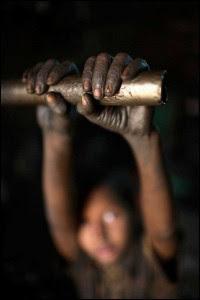 child-labour-7-200x300