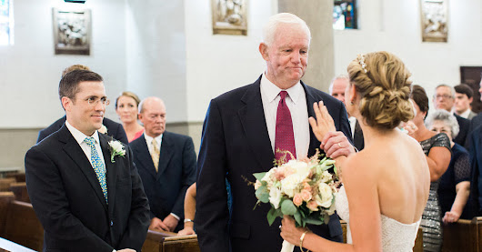Bride Is Walked Down Aisle by the Man Who Got Her Father's Donated Heart - The New York Times