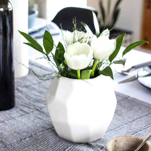 Modern Flower Arrangements for Spring - Love Create Celebrate