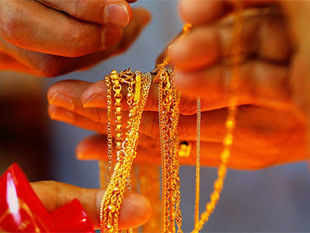 According to the existing norm, after importing gold, exporters have the option of realising the payment within 270 days.