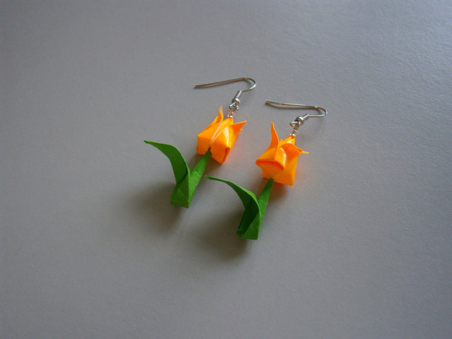 Tulip Earrings - DazzHouse
