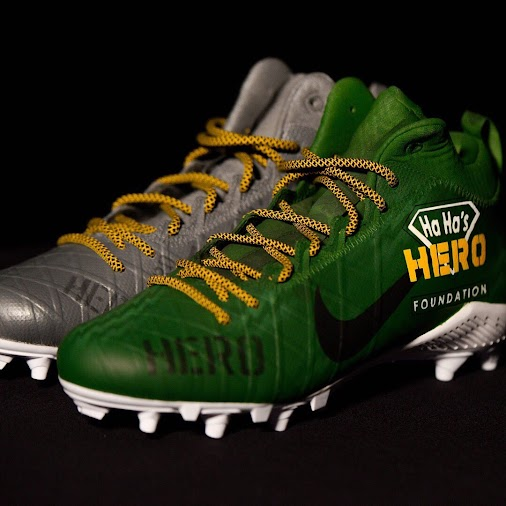 More on Clinton Dix's cleats for his Hero Foundation. Awesome designs, aren't they? #GreenBayPackers...