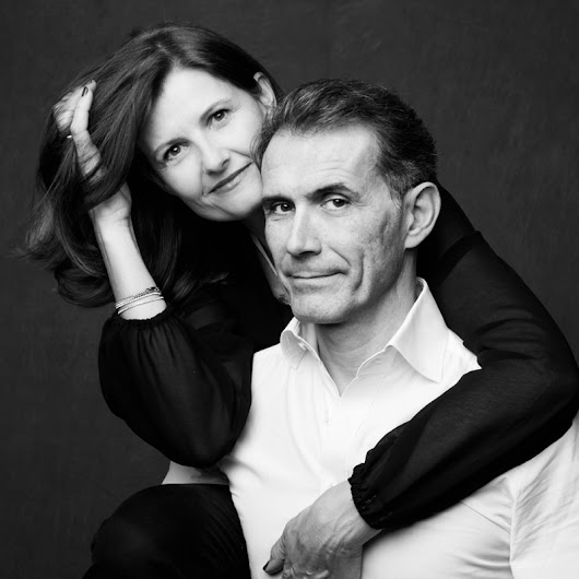 Shooting couple en studio : portrait à Paris