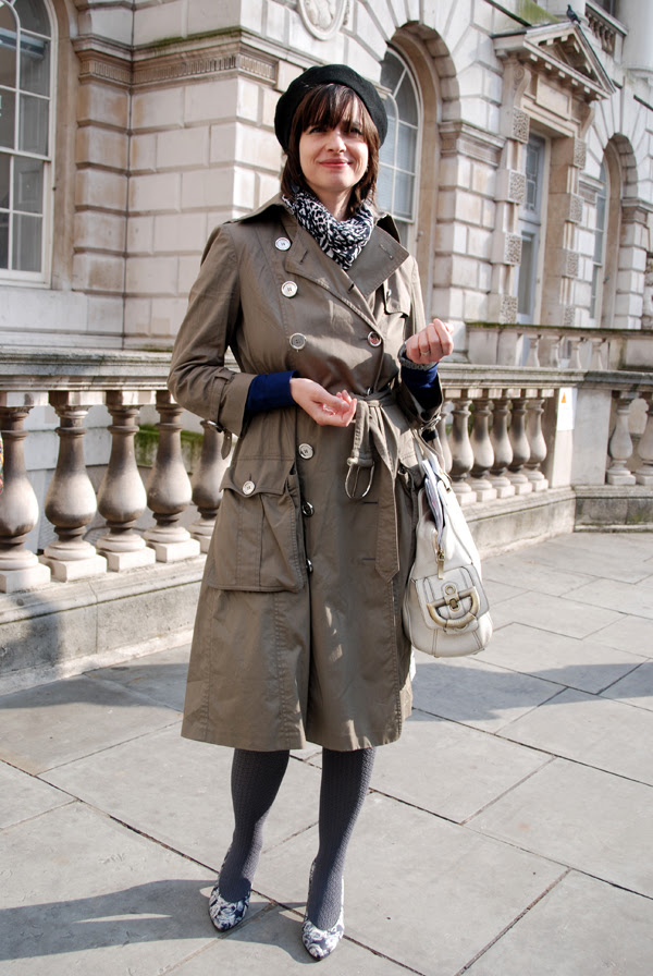 trench_beret_lfw_covent_garden