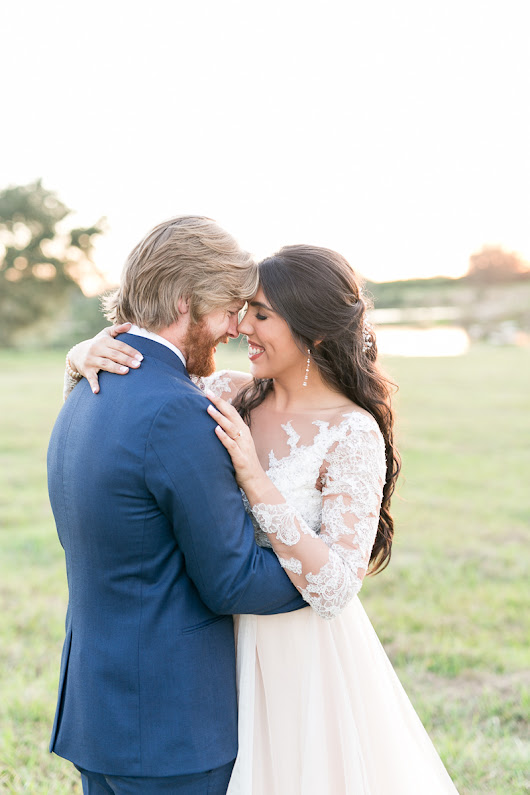 Emily & Will's Lakeland ranch wedding | Sneak Peek
