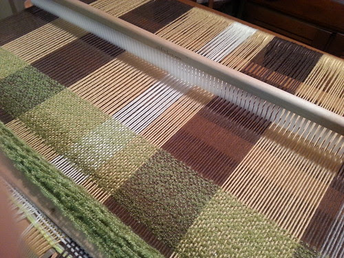 the lonely loom : mossy woods blanket