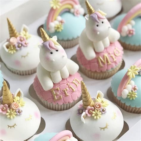 Unicorn Cake, cupcakes birthday cakes / baby shower cakes