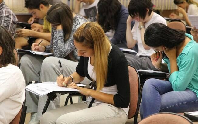 Professores consideram edição 2015 do Enem a mais difícil da história
