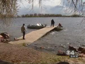 Fisherman Save Family Who Capsized In Barr Lake