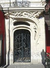 external image 170px-Immeuble_rue_de_l%27%C3%A9glise_d%C3%A9tail_Porte.jpg