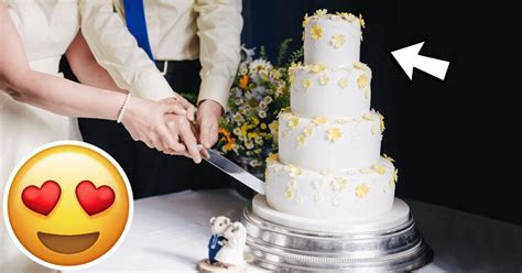 How to Correctly Preserve the Top Tier of Your Wedding