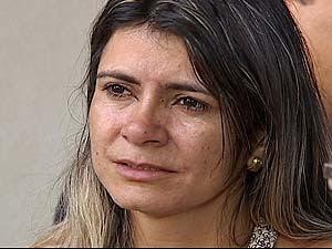 'Ele podia ter me levado', diz mãe da menina morta durante assalto em MG (Foto: Reprodução/TV Integração)