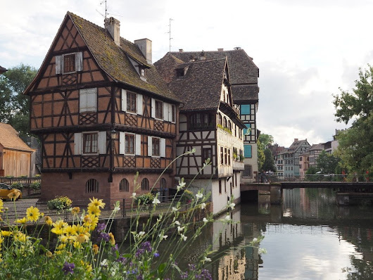 "Vicki Mattingly on Twitter: ""Houses in Le Petit France, the historic quarter, in Strasbourg, France  """