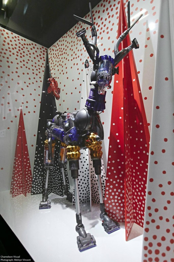 best-window-displays_john-lewis_2013_christmas_01
