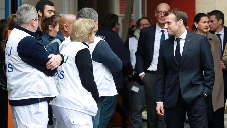 Tổng thống Pháp Emmanuel Macron đi thăm trung tâm cấp cứu ở bệnh viện Necker, Paris ngày 10/03/2020.
