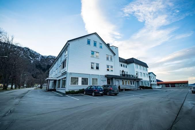 hægebostad enslig båtsfjord singelklubb