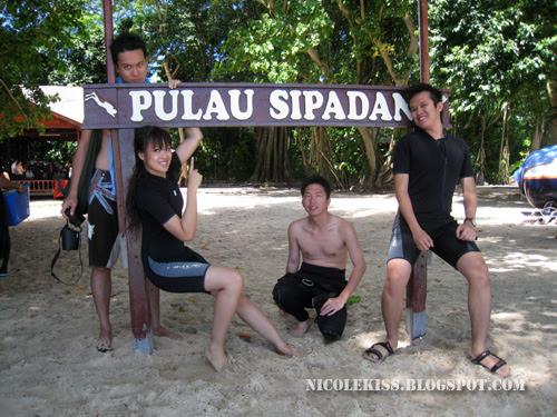 sipadan group photo 2