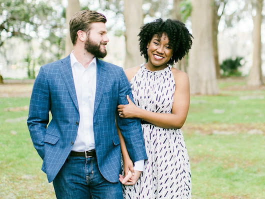 Everything You Need to Know About Taking Engagement Photos