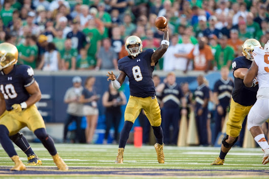 Malik Zaire And DeShone Kizer On Maxwell Award Watch List