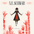 Review: A Gathering of Shadows by V.E.Schwab (Shades of Magic #2)