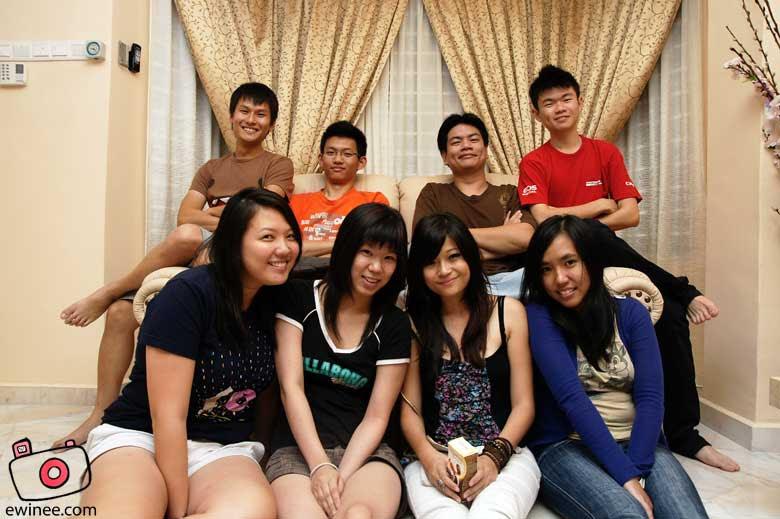 dinner-with-hannah group