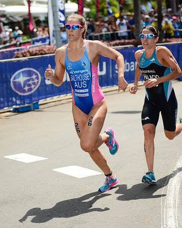 Ellie Salthouse, Romina Palacio Balena - 2015 Mooloolaba ITU Triathlon World Cup Women - 2015 Mooloolaba Triathlon Multi Sport Festival, Sunshine Coast, Qld, AUS; Saturday 14 March 2015. Photos by Des Thureson - http://disci.smugmug.com. Camera 1.