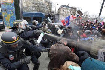 manifestants gazés
