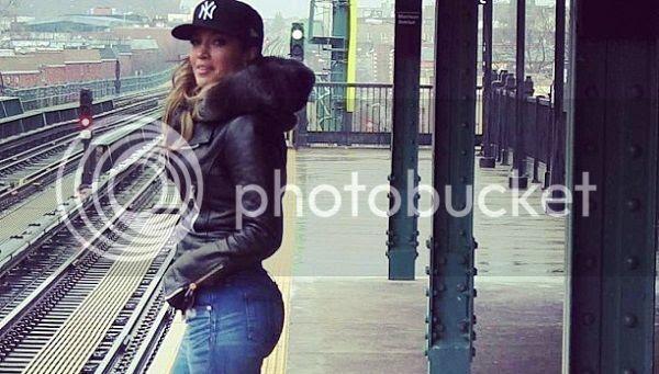 Video Premiere: Jennifer Lopez – 'Same Girl'...