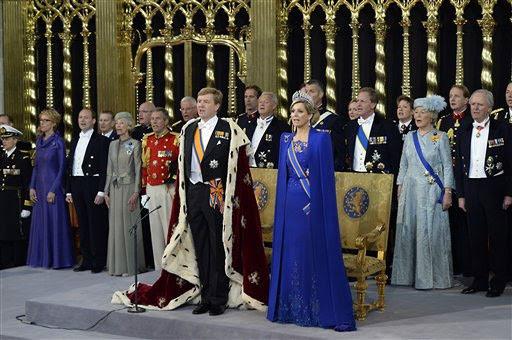 Asume el trono. Guillermo-Alejandro de Orange juró formalmente como nuevo rey de los Países Bajos.
